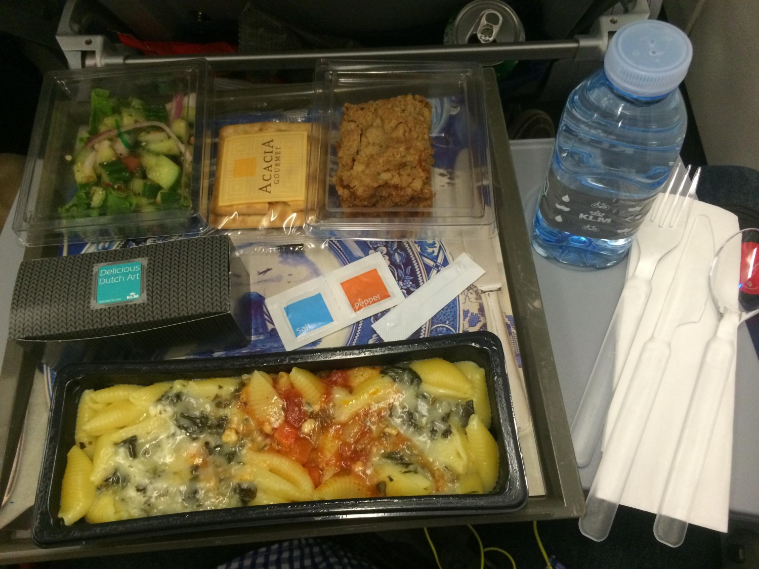 klm a333 meal